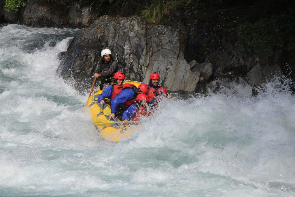 Grade 4 Rafting on the Tongariro